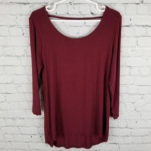 BKE RED   metallic thread crocheted open back top
